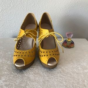 Restricted Yellow wedge lace stylish shoes